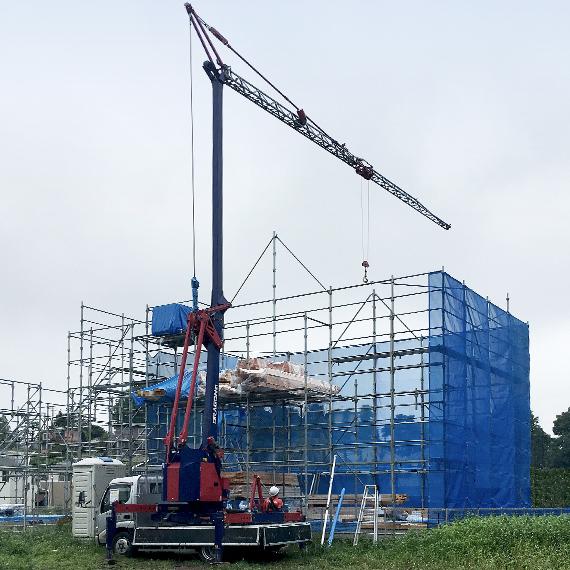 安全・安心で、設備・機械力による生産性の高い上棟方式